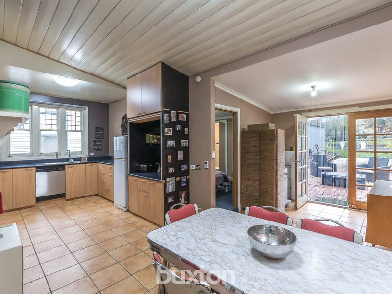 628 Doveton Street North, Soldiers Hill, Vic 3350