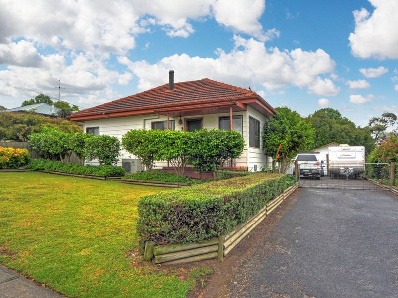 31 Cambewarra Road, Bomaderry, NSW 2541