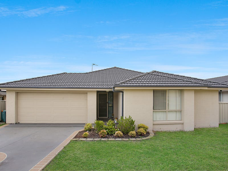 16 Closebourne Way, Raymond Terrace, NSW 2324