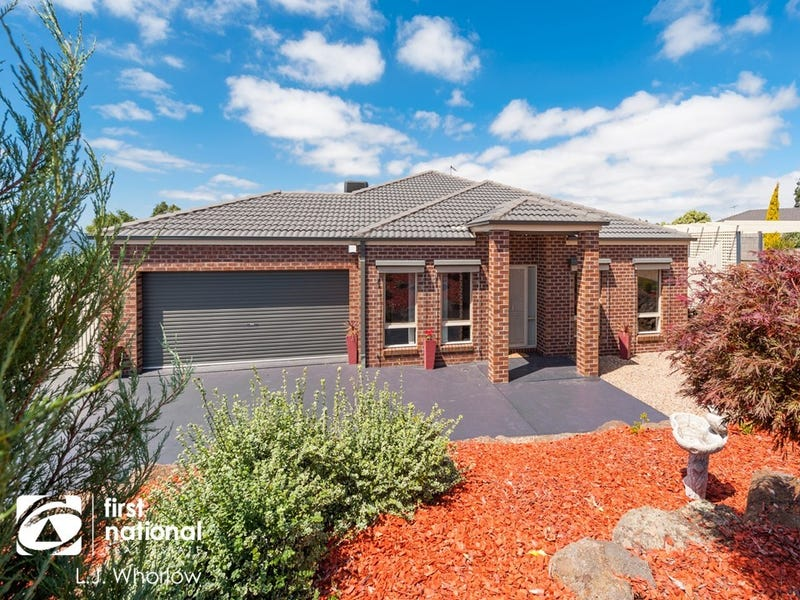 4 Sullivan Court, Romsey, Vic 3434