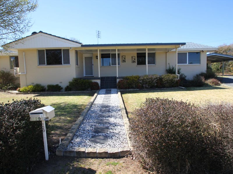 129 Wood Street, Tenterfield, NSW 2372