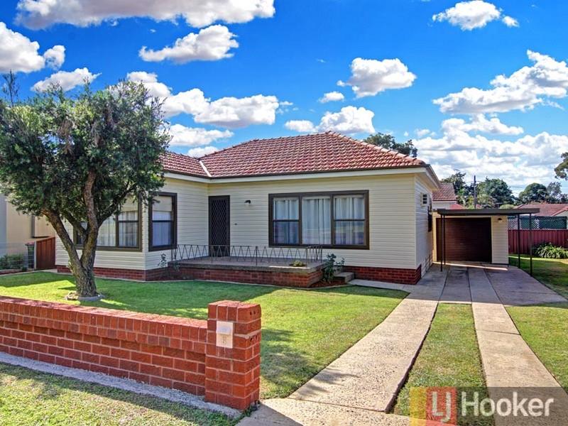 6 Todd Crescent, Peakhurst, NSW 2210