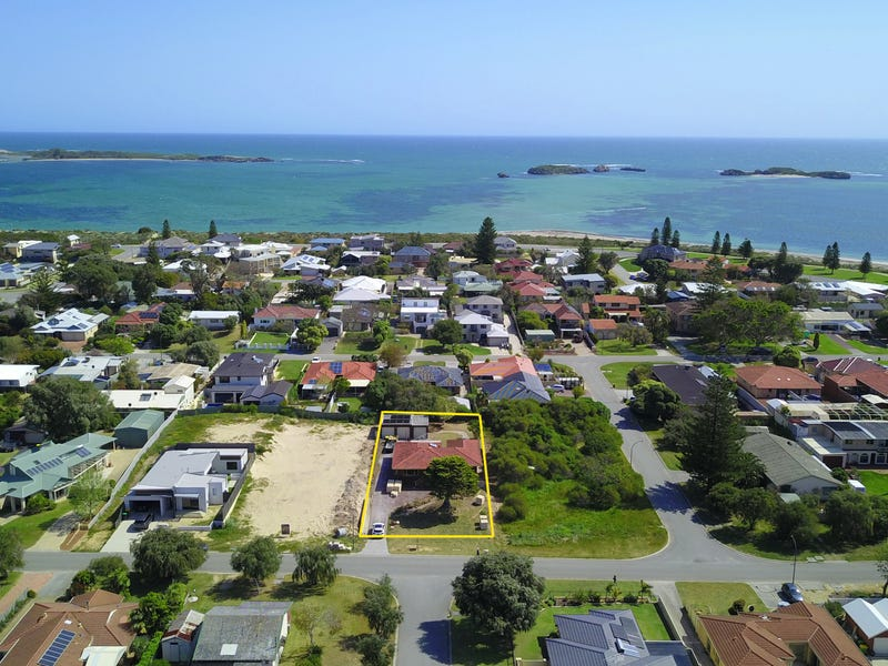 55 Fifth Avenue, Shoalwater, WA 6169