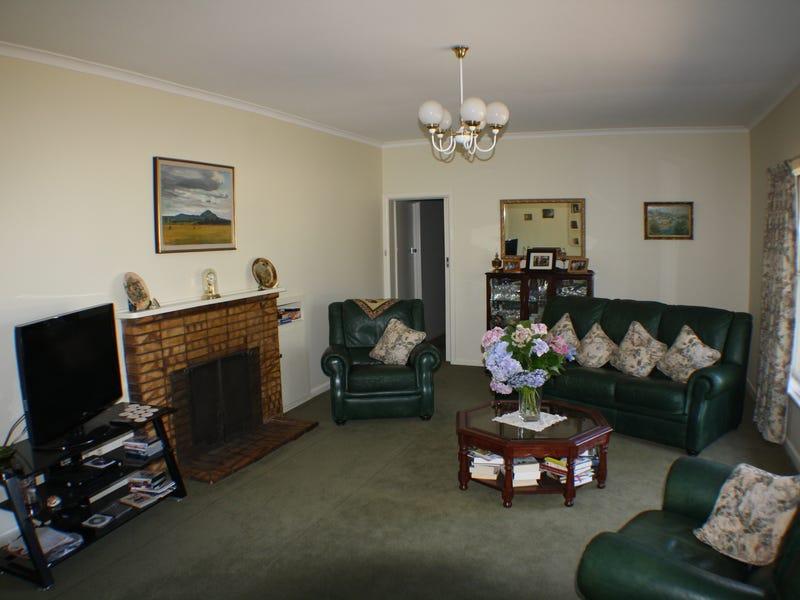 83 Godfrey St, Wedderburn, Vic 3518