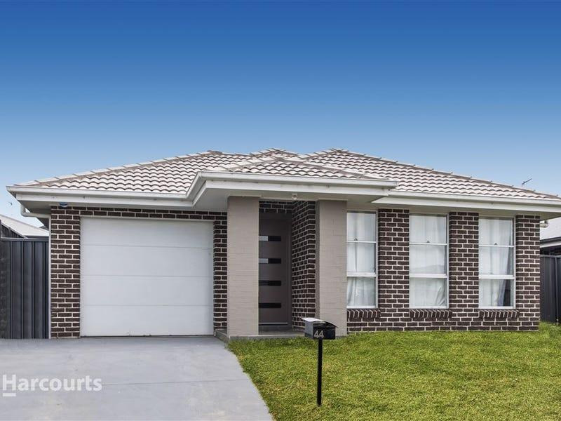 44 Flemmings Crescent, Horsley, NSW 2530