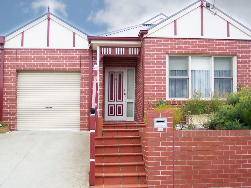 203a Crompton Street, Soldiers Hill, Vic 3350