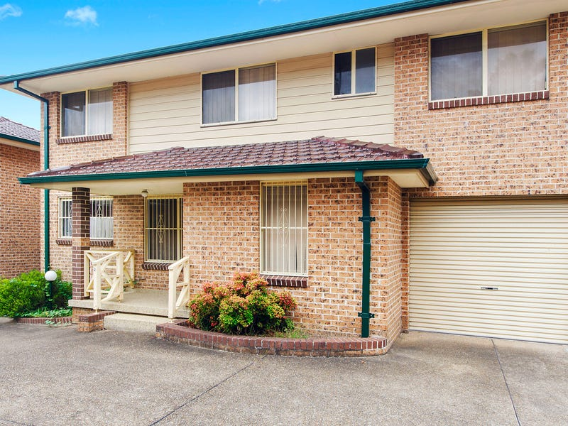 2/5 Doyle Road, Revesby, NSW 2212