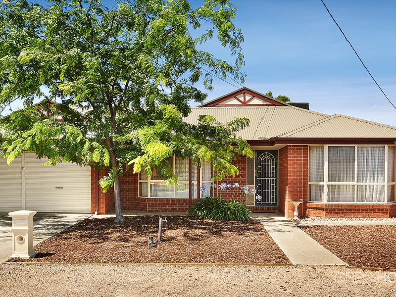 11 Conifer Close, Hoppers Crossing, Vic 3029