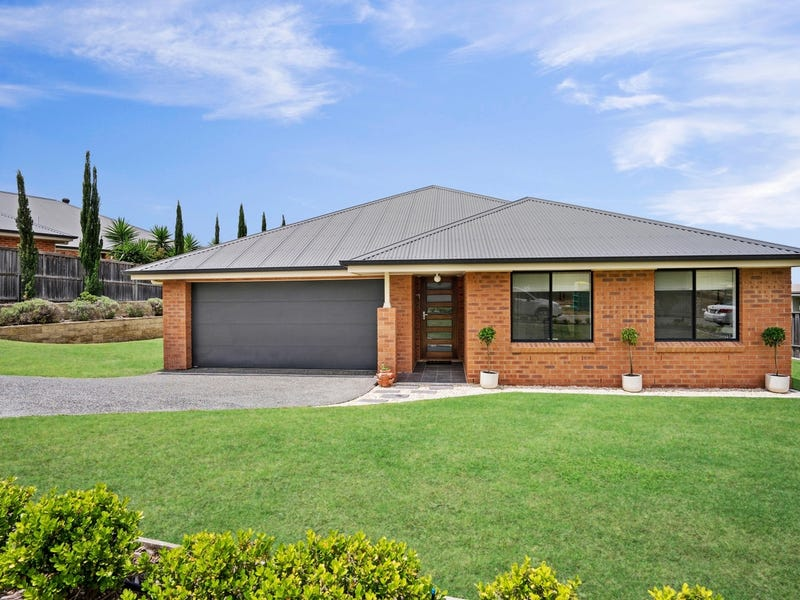 13 Capital Terrace, Bolwarra Heights, NSW 2320