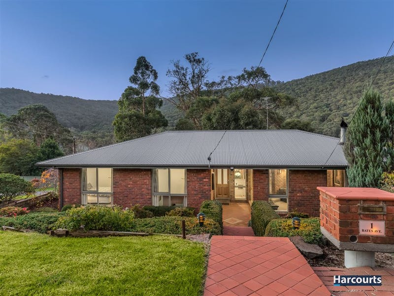 1 Bates Avenue, Upper Ferntree Gully, Vic 3156