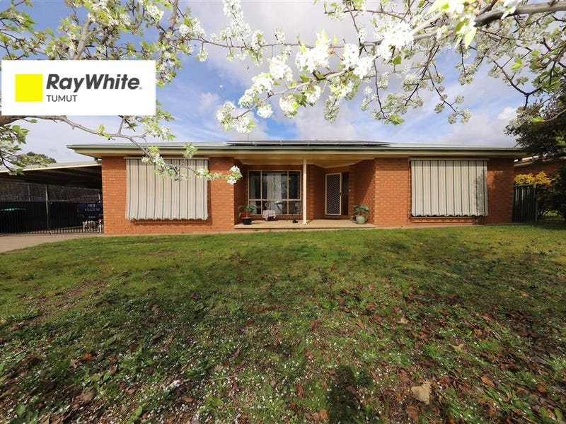 56 Broughton Street, Tumut, NSW 2720