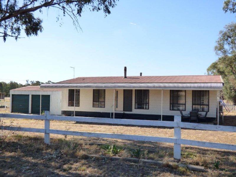2 Ellwood Street, Stockinbingal, NSW 2725