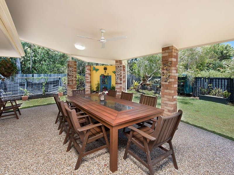 17 Midden Place, Pelican Waters, Qld 4551