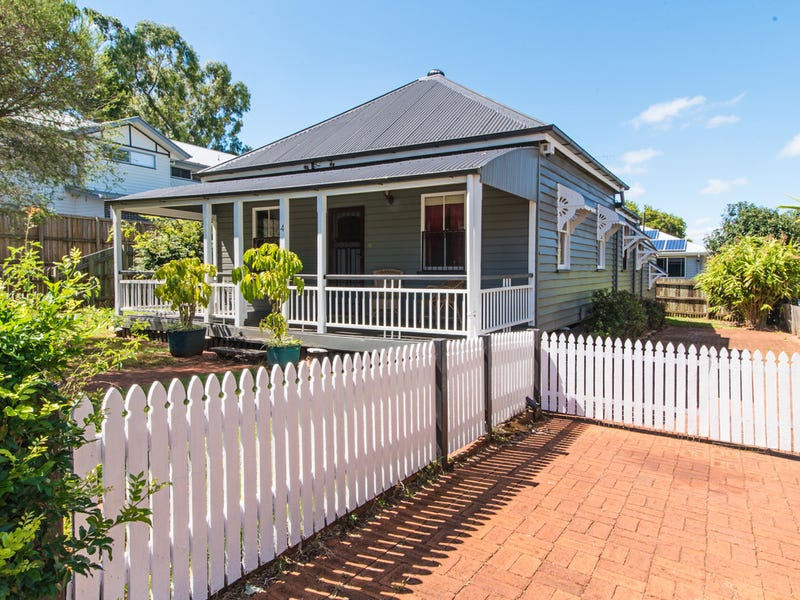4 Walton Street, North Toowoomba, Qld 4350