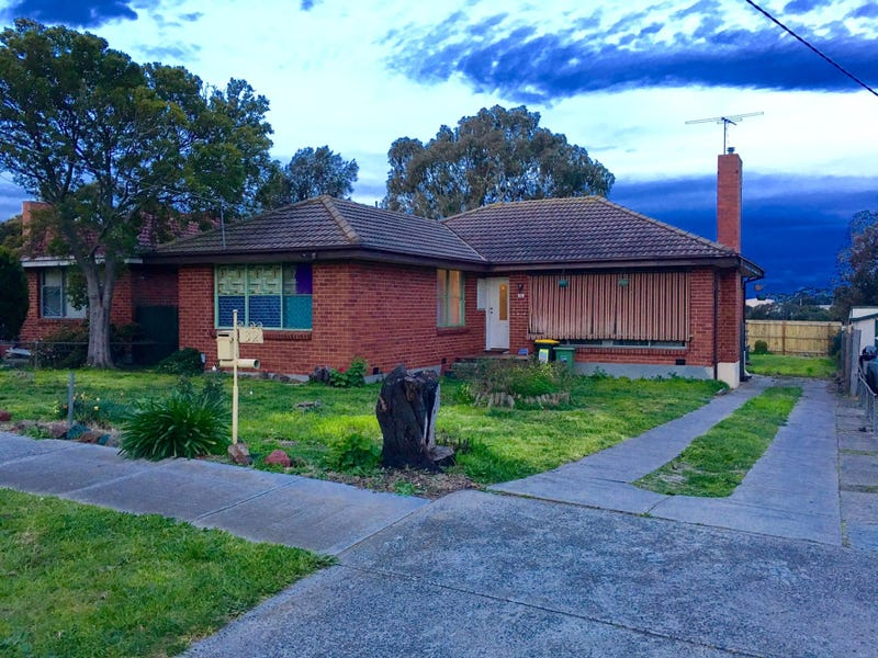 32 Waranga Crescent, Broadmeadows, Vic 3047
