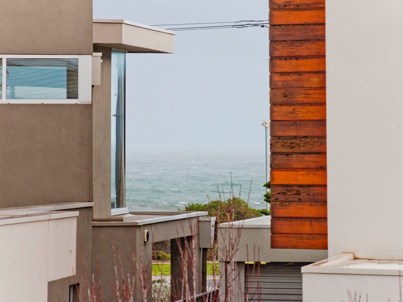 4/3 Shirley Crescent, West Beach, SA 5024