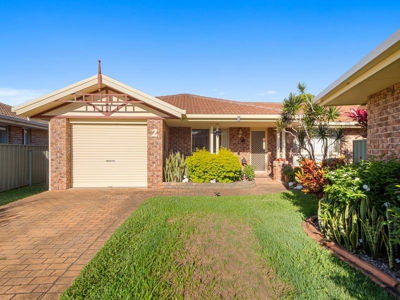 2/4 Pandanus Place, Woolgoolga, NSW 2456