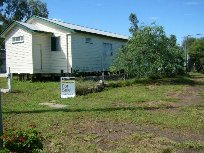 Address available on request, Warra, Qld 4411