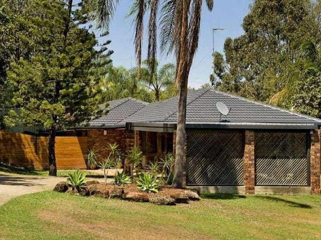 15 Wolvi Place, Helensvale, Qld 4212