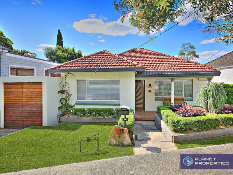 15 Macquarie Road, Earlwood, NSW 2206