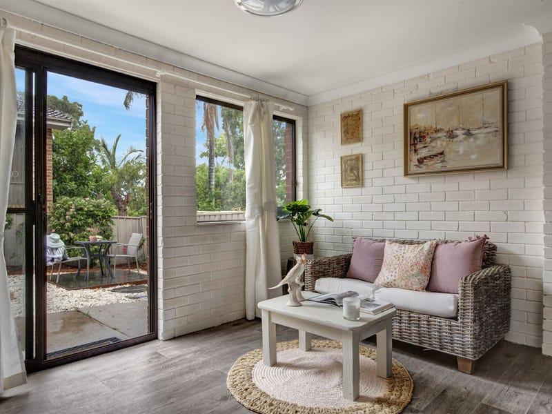 2/9 Niblick Avenue, Mollymook, NSW 2539