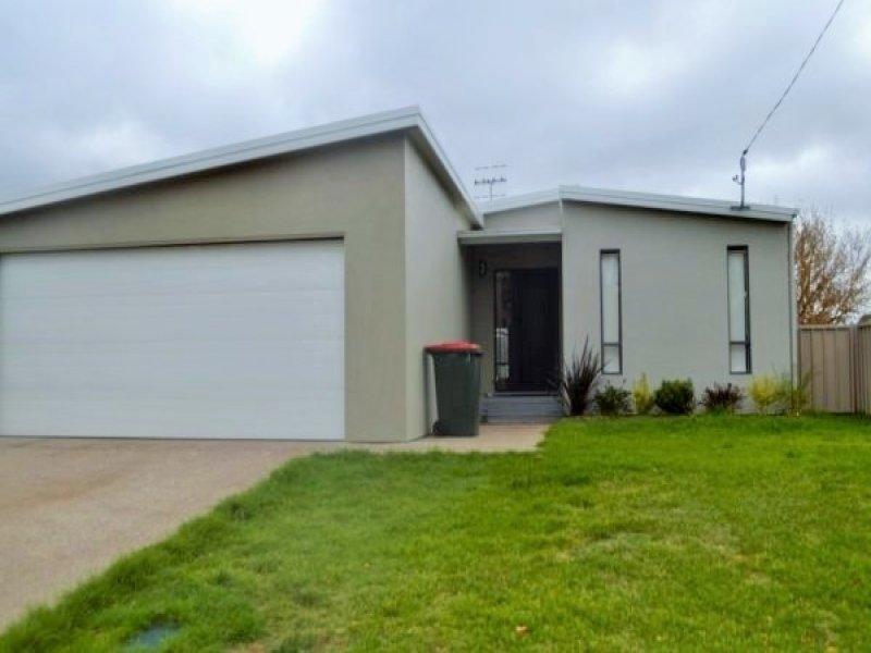 57 Vernon Street, Guyra, NSW 2365