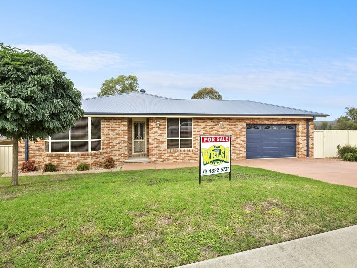 5 IVY LEA PLACE, Goulburn, NSW 2580