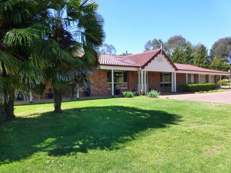 16 Wallaroi Close, White Rock, NSW 2795