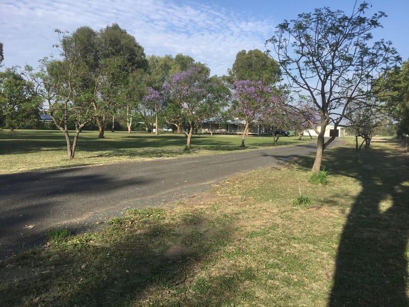 115 Cemetery Road, Chinchilla, Qld 4413