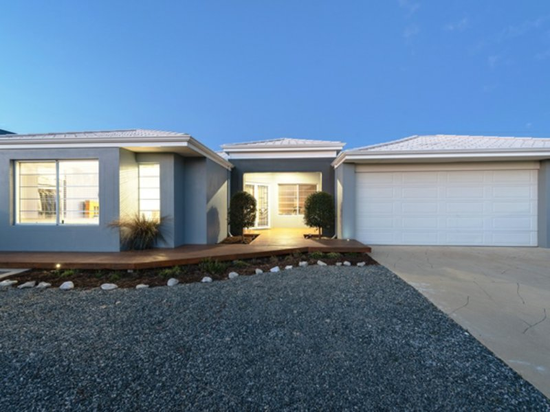 15 Sweep Ridge, Yanchep, WA 6035