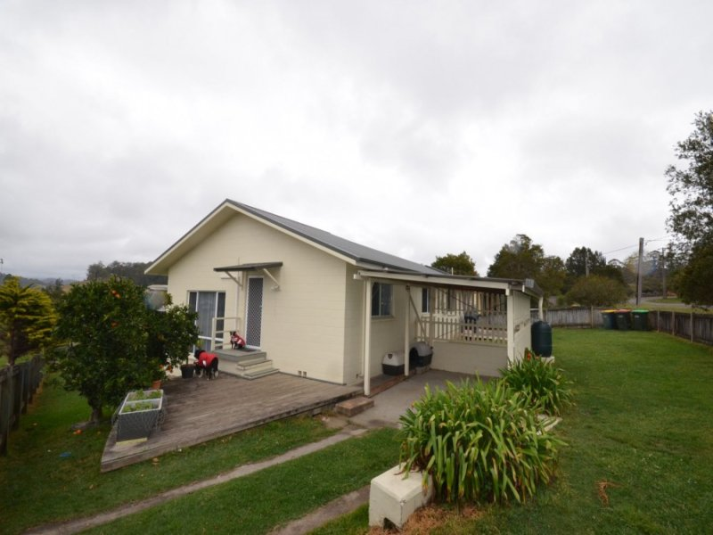 1 Lorne Street, Lowanna, NSW 2450