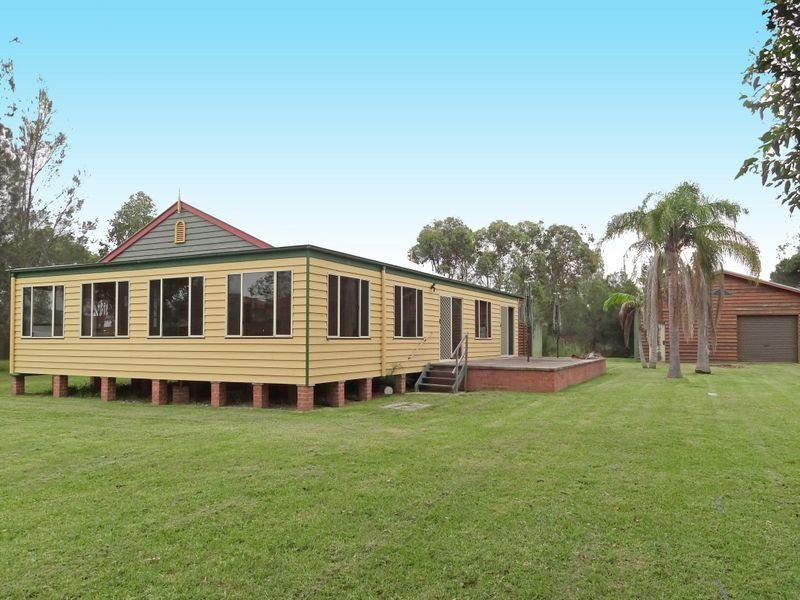 127 Waterfront Road, Swan Bay, NSW 2324