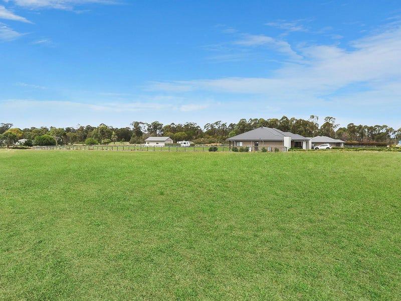 49 Twin Creeks Drive, Luddenham, NSW 2745
