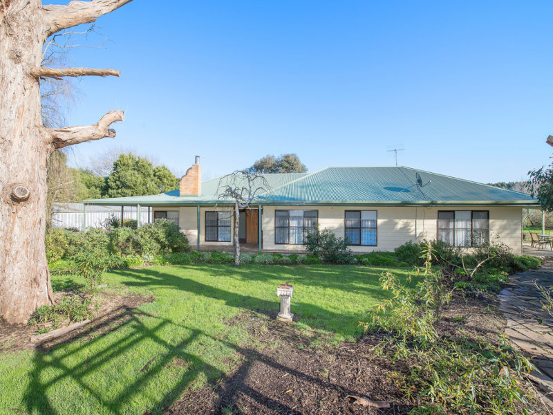 2300 Cobden Port Campbell Road, Port Campbell, Vic 3269