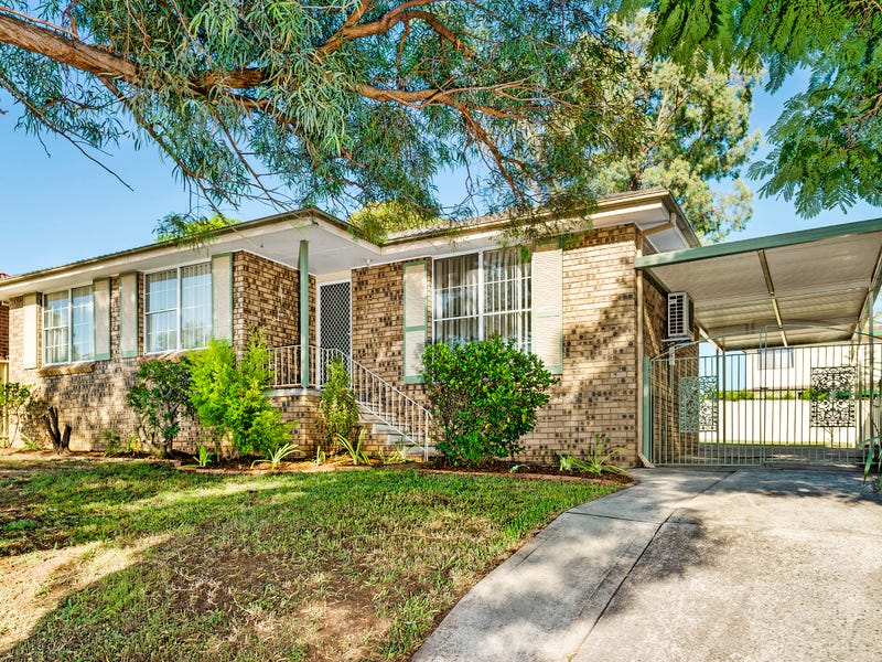 11 North Steyne Road, Woodbine, NSW 2560