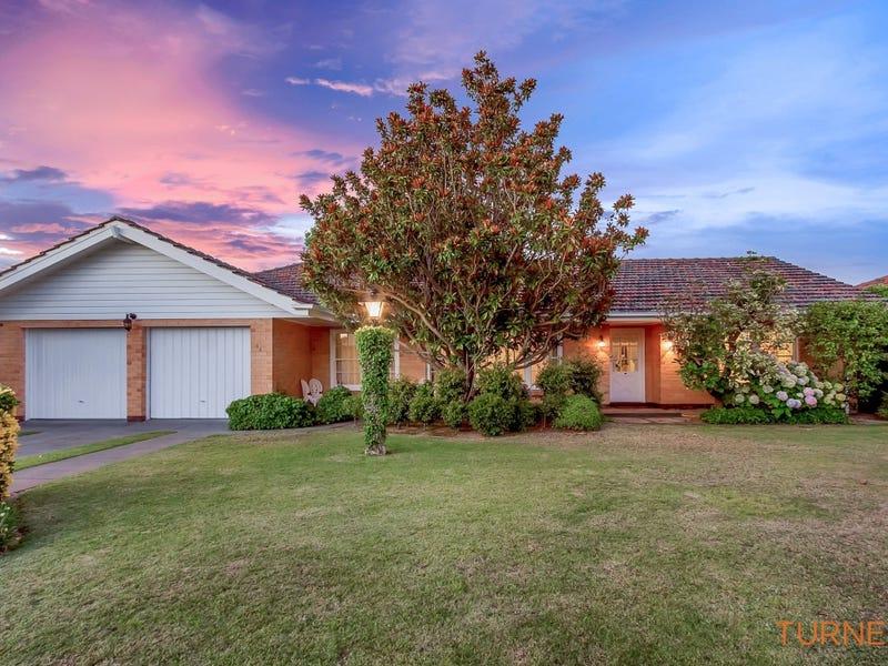 18 Coach House Drive, Novar Gardens, SA 5040