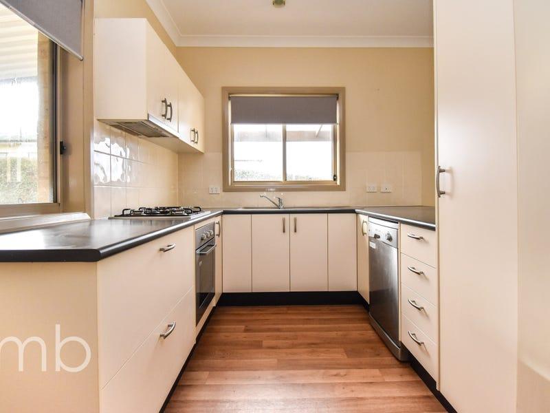2/18 McLachlan Street, Orange, NSW 2800