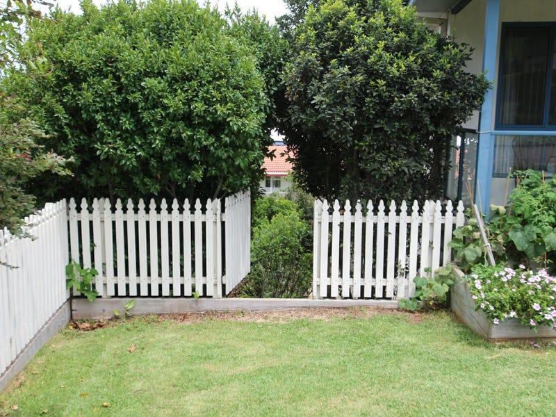 21 Coromont Drive, Hallidays Point, NSW 2430