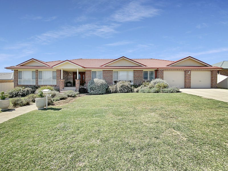 6 Riverview Place, Goulburn, NSW 2580