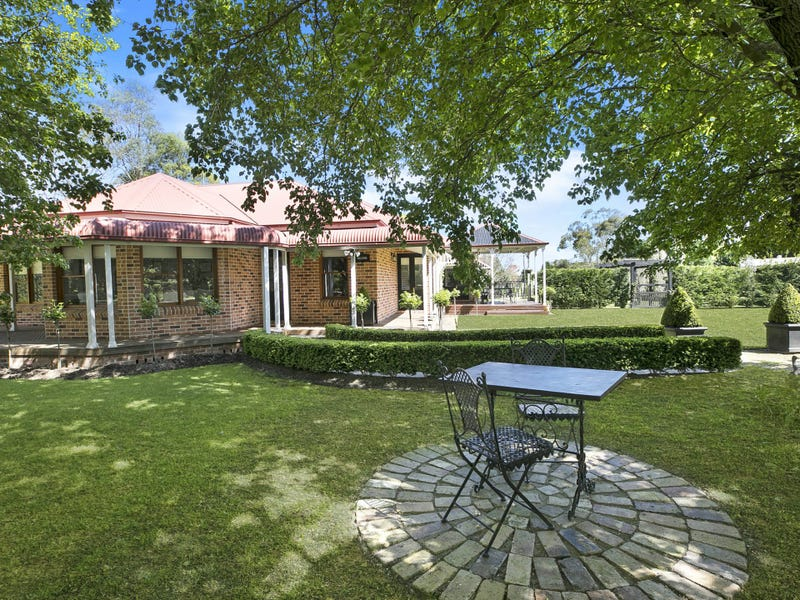 13 Isabella Way, Bowral, NSW 2576