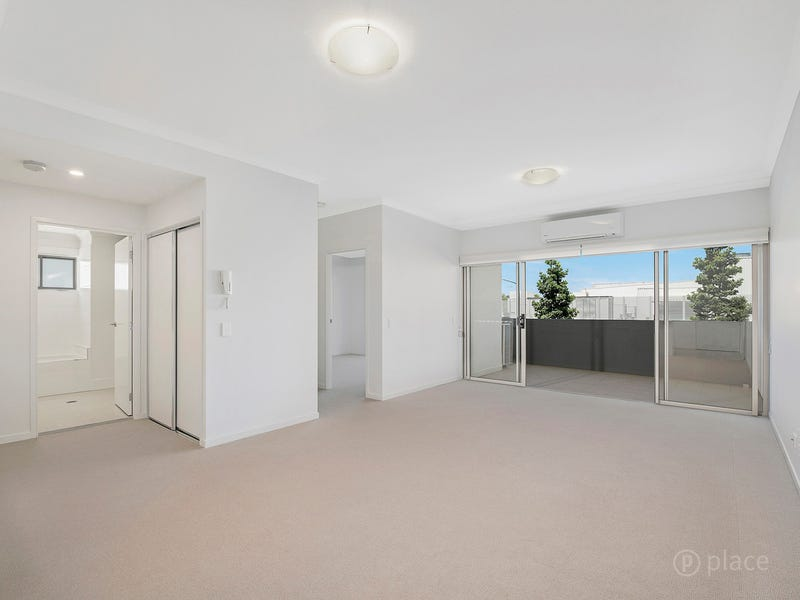 2103/19 Playfield Street, Chermside, Qld 4032