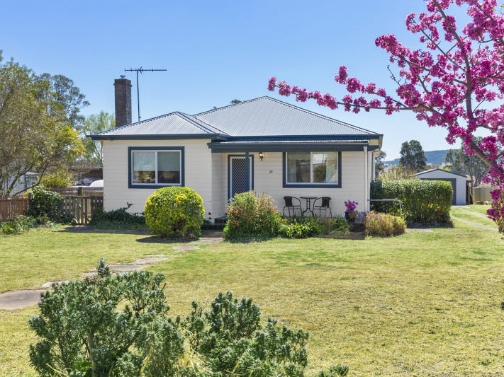 33 Brayton Road, Marulan, NSW 2579