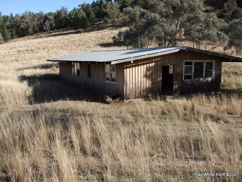 . LIMEROCK, Carroll, NSW 2340