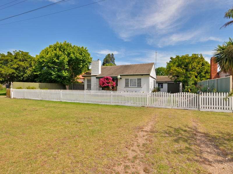 28 Blackburn Street, Stratford, Vic 3862
