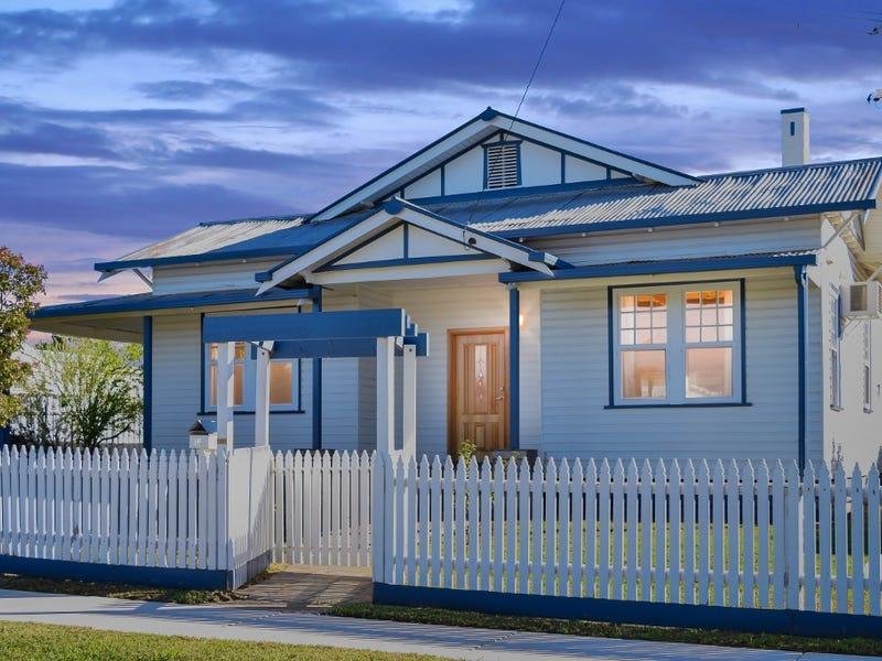 16 Birdwood Street, Corowa, NSW 2646