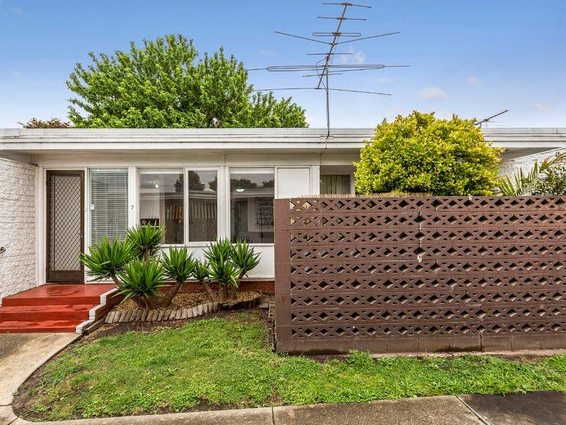 7/204 Ballarat Road, Footscray, Vic 3011