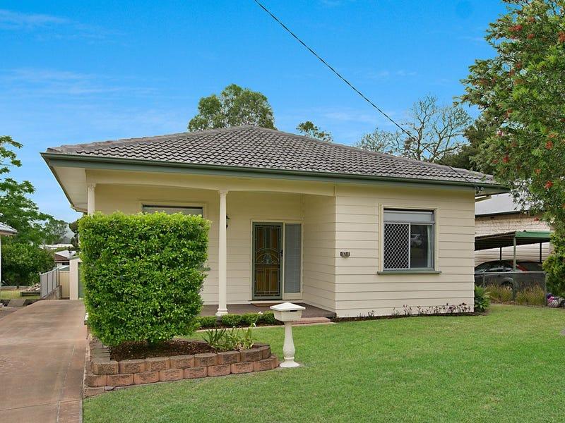 17 Mills Crescent, Cessnock, NSW 2325
