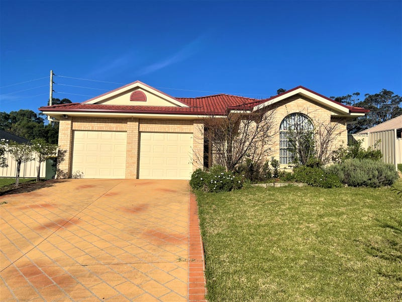 15 Warrigal Street, Nowra, NSW 2541