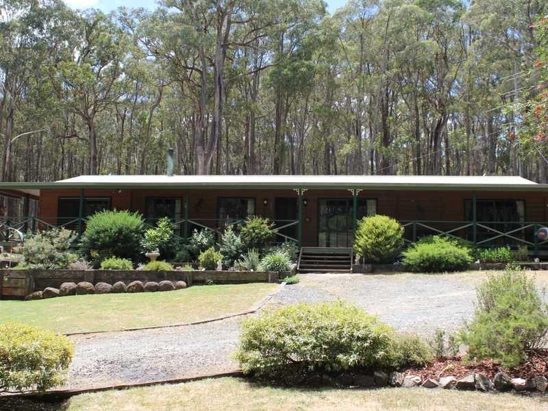 52 Cowans Drive, Dales Creek, Vic 3341