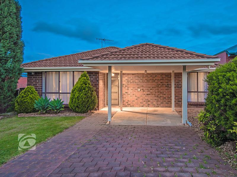 13 Castle Hill Place, Golden Grove, SA 5125